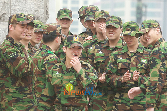 [10.04.22] Kim Jae Duc finishes military service (pics of ...